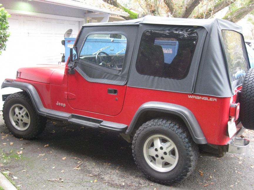 Click image for larger version  Name:jeep YJ 002.jpg Views:60 Size:227.5 KB ID:32655