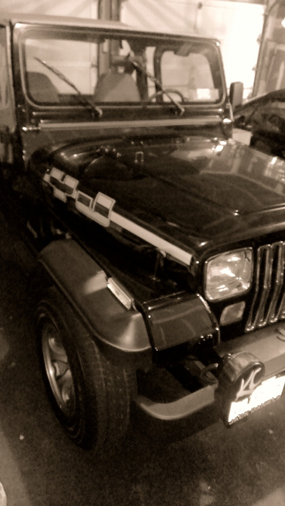 Click image for larger version  Name:jeep yj.jpg Views:171 Size:200.7 KB ID:458338