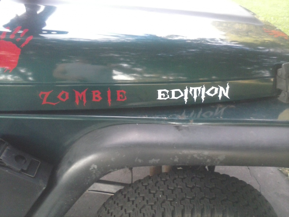 Click image for larger version  Name:jeep zombie 2.jpg Views:215 Size:181.8 KB ID:446090