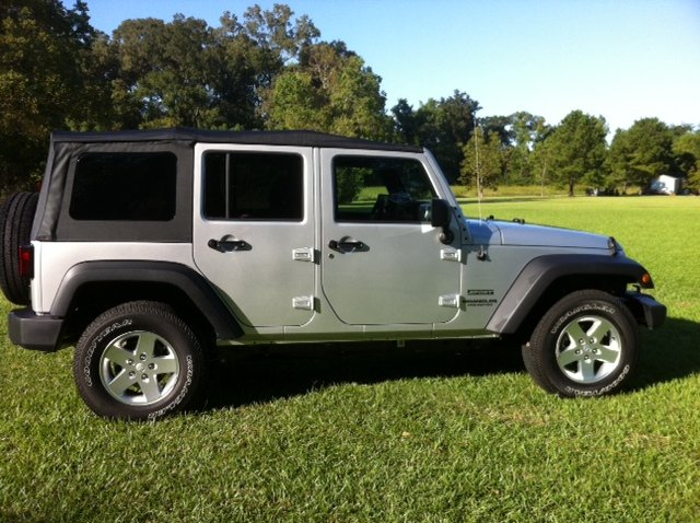 Click image for larger version  Name:jeep0.jpg Views:121 Size:83.9 KB ID:116538