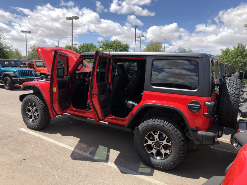 Click image for larger version  Name:jeep01.jpg Views:6 Size:235.3 KB ID:4153123