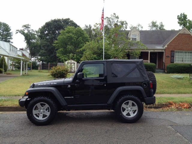 Click image for larger version  Name:JEEP04.JPG Views:39 Size:137.7 KB ID:139704