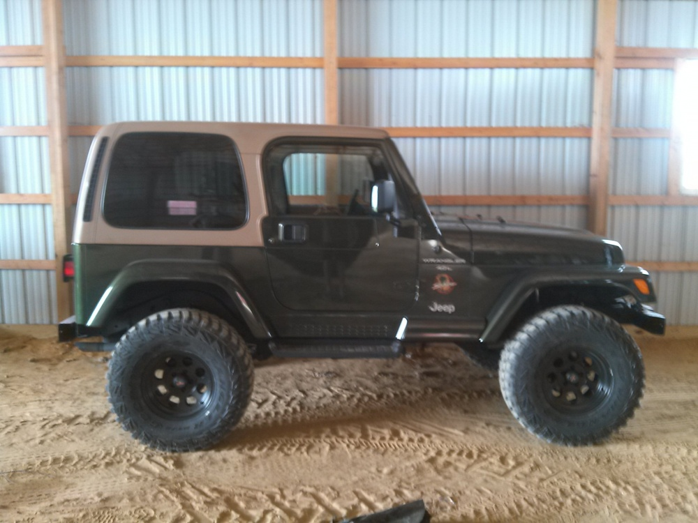 Click image for larger version  Name:Jeep060813.jpg Views:120 Size:200.0 KB ID:259144