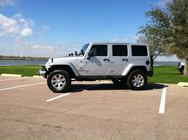 Click image for larger version  Name:JEEP1.jpg Views:145 Size:66.9 KB ID:100778