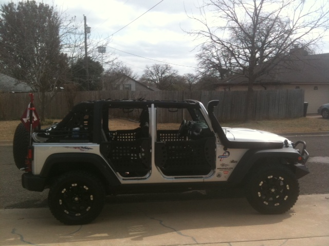Click image for larger version  Name:Jeep10.JPG Views:120 Size:108.2 KB ID:38871