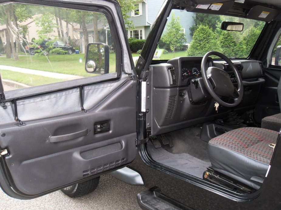 Click image for larger version  Name:Jeep2.jpg Views:59 Size:229.2 KB ID:130735