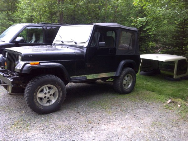 Click image for larger version  Name:jeep2.jpg Views:184 Size:77.7 KB ID:56909