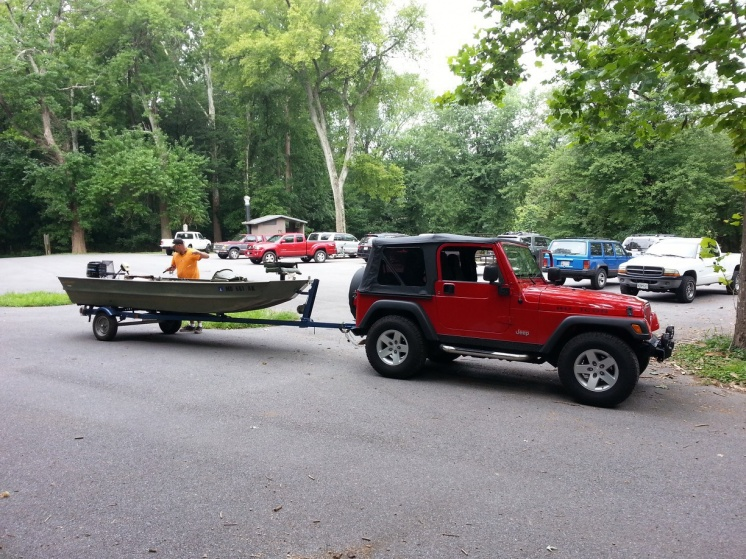 Click image for larger version  Name:jeep_boat.jpg Views:374 Size:229.8 KB ID:523610