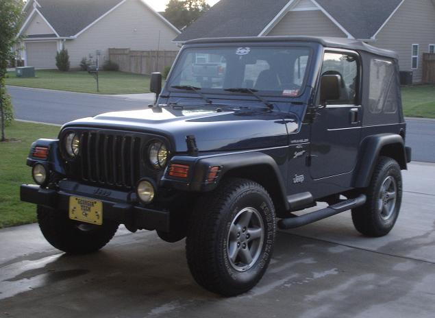 Click image for larger version  Name:Jeep_Driveway.JPG Views:94 Size:55.0 KB ID:19551