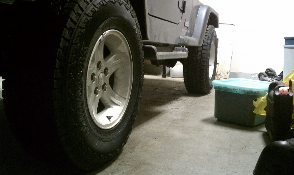 Click image for larger version  Name:jeepback.jpg Views:579 Size:176.2 KB ID:37750