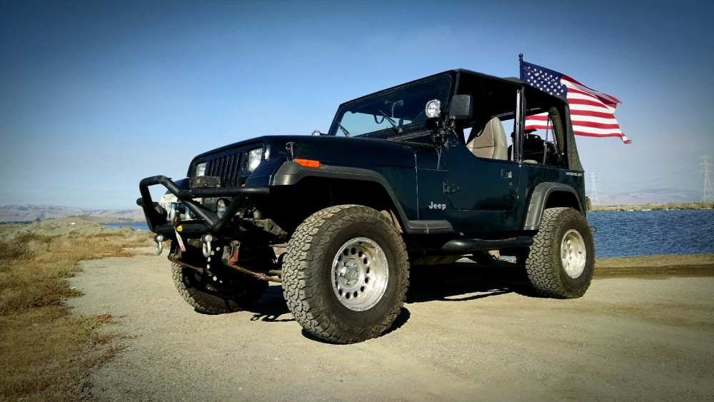 Click image for larger version  Name:JeepFlag.jpg Views:125 Size:207.7 KB ID:3527426