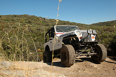 Click image for larger version  Name:jeeplookingood.jpg Views:73 Size:48.3 KB ID:40040