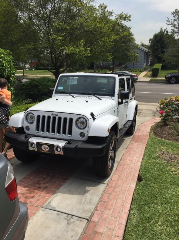 Click image for larger version  Name:JeepSahara.jpg Views:41 Size:227.1 KB ID:3546058