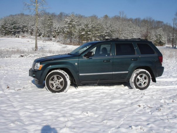 Click image for larger version  Name:jeepsnow.jpg Views:248 Size:65.2 KB ID:19793