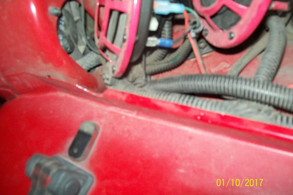 Click image for larger version  Name:Light wire harness through grill.jpg Views:67 Size:188.1 KB ID:3405010
