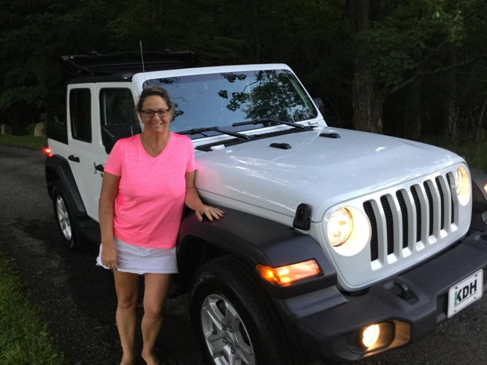 Click image for larger version  Name:Michelle Jeep Pic 2.jpg Views:13 Size:200.3 KB ID:4085733