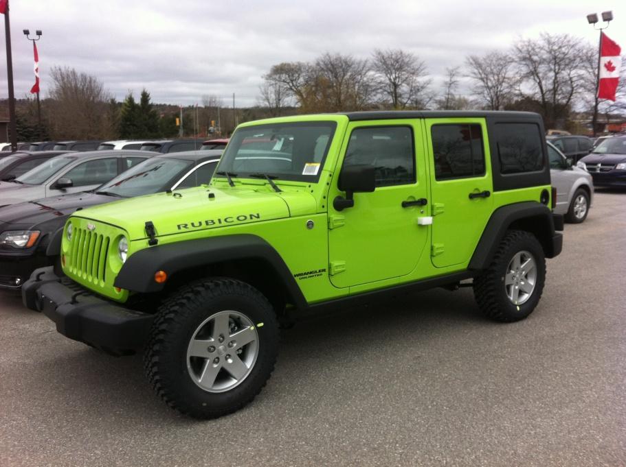 2012 JKU Rubicon in Gecko Green - Jeep Wrangler Forum