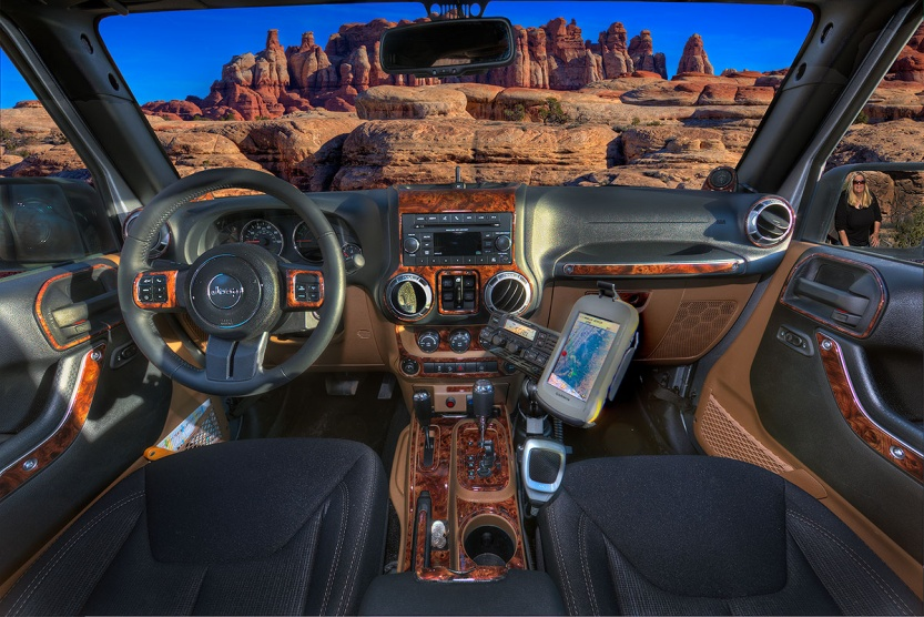 Click image for larger version  Name:Mirror Mirror.jpg Views:131 Size:229.3 KB ID:186011