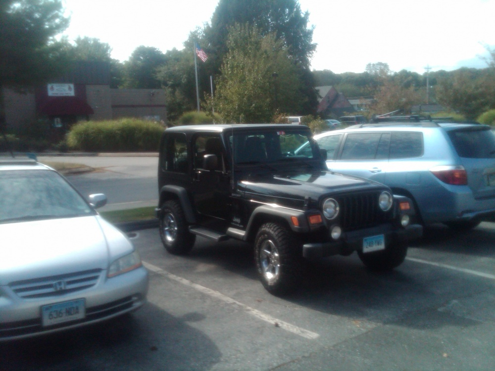 Click image for larger version  Name:my 04 Jeep Wrangler.jpg Views:70 Size:199.8 KB ID:69023