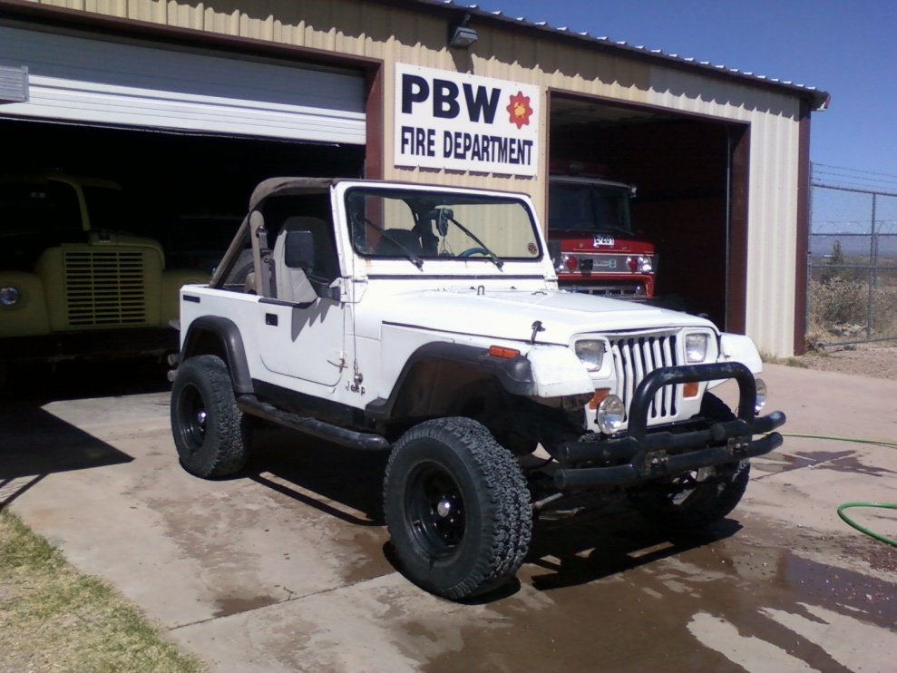 Click image for larger version  Name:My YJ.jpg Views:997 Size:221.0 KB ID:435105