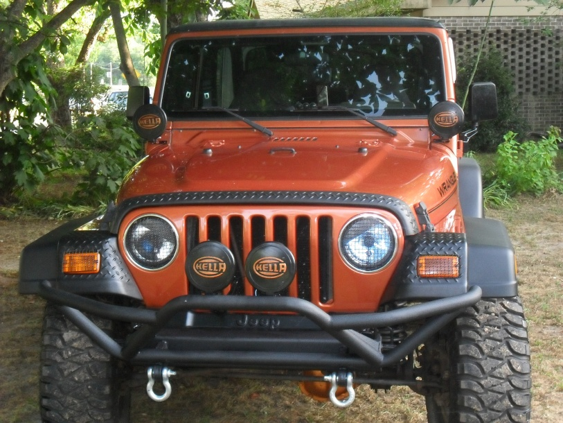Click image for larger version  Name:new bumper 003.jpg Views:115 Size:231.7 KB ID:48612