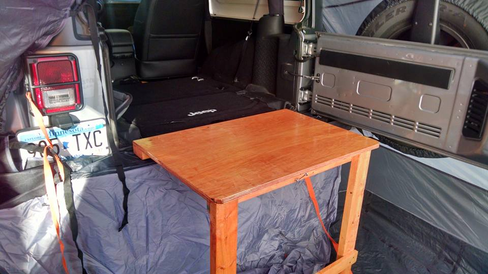 Click image for larger version  Name:outback camping bench.jpg Views:81 Size:72.0 KB ID:3284969