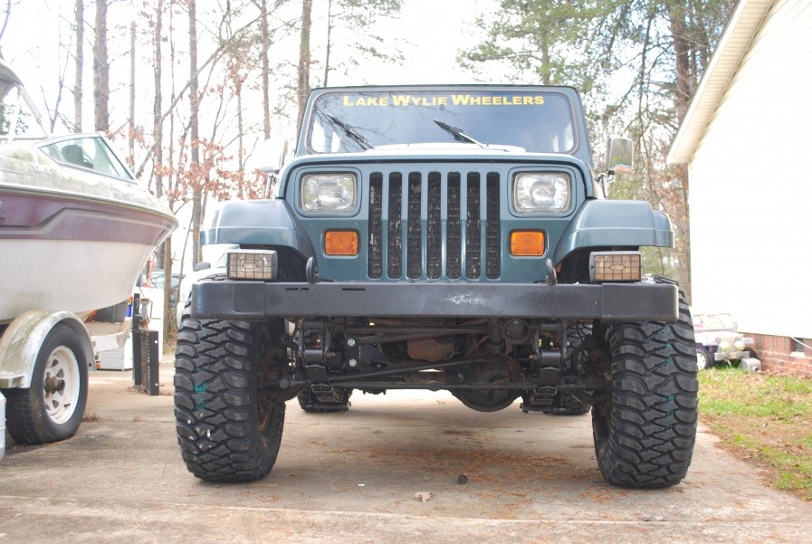 Click image for larger version  Name:q-New Tires 12-15-11 004.jpg Views:69 Size:229.2 KB ID:85867