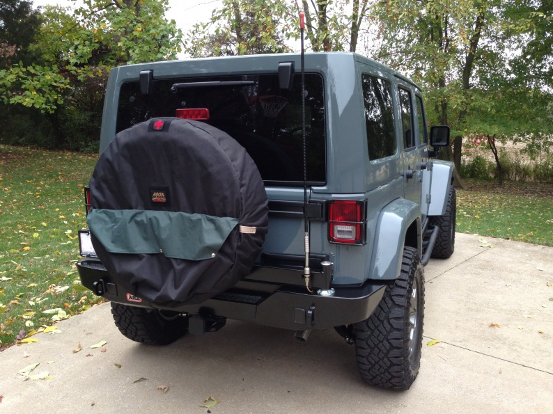 Click image for larger version  Name:rear tire cover shown no numbers.jpg Views:72 Size:228.1 KB ID:490369