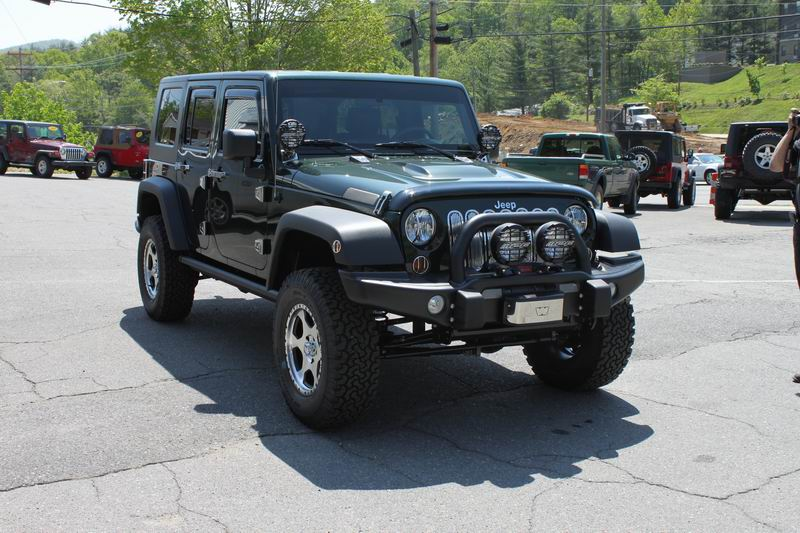 Click image for larger version  Name:Resize of New Jeep 2.JPG Views:53 Size:105.0 KB ID:23569