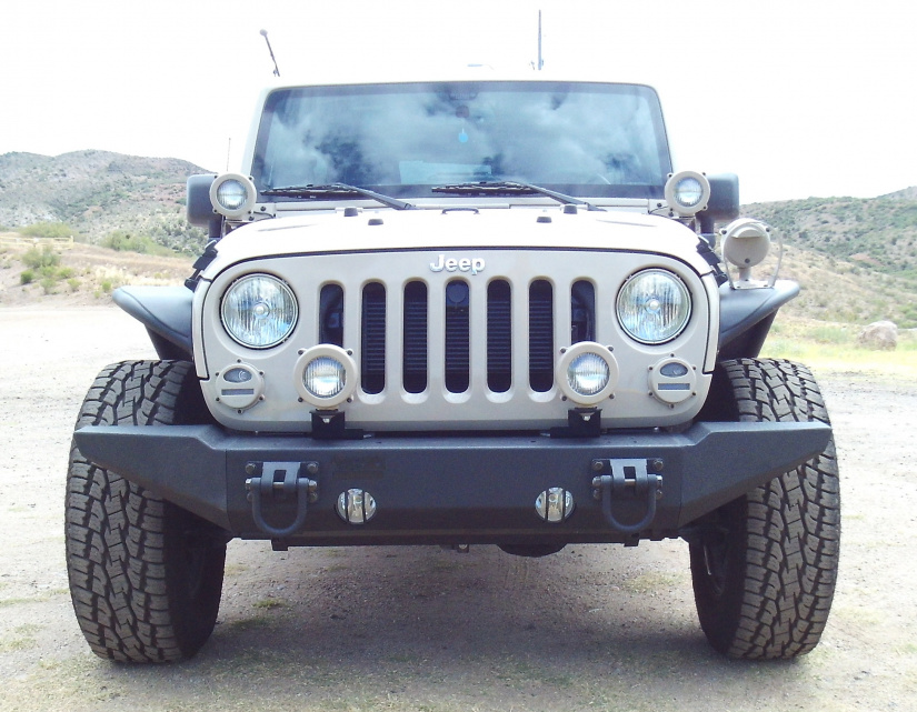 Click image for larger version  Name:Rugged Ridge Front 1.jpg Views:18 Size:231.5 KB ID:4163909