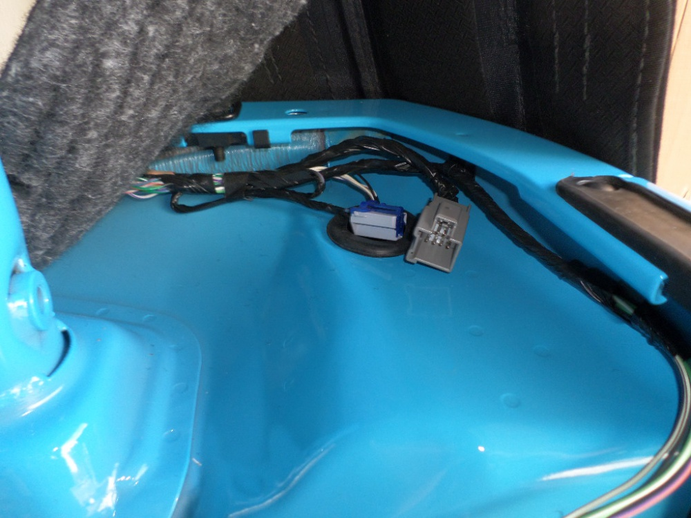 12V outlet in cargo area - Jeep Wrangler Forum