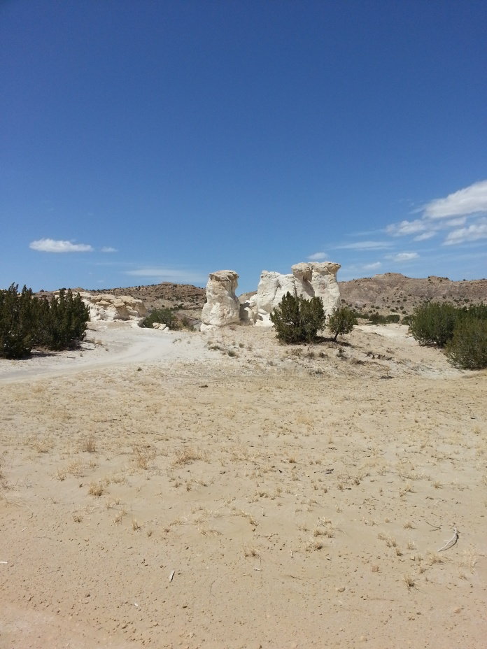 Click image for larger version  Name:San Ysidro Rocks.jpg Views:196 Size:220.6 KB ID:259894