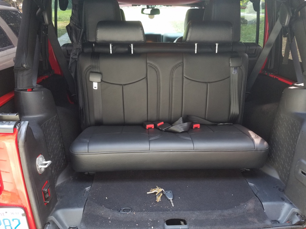 3rd row seats have arrived jeep wrangler forum. Black Bedroom Furniture Sets. Home Design Ideas