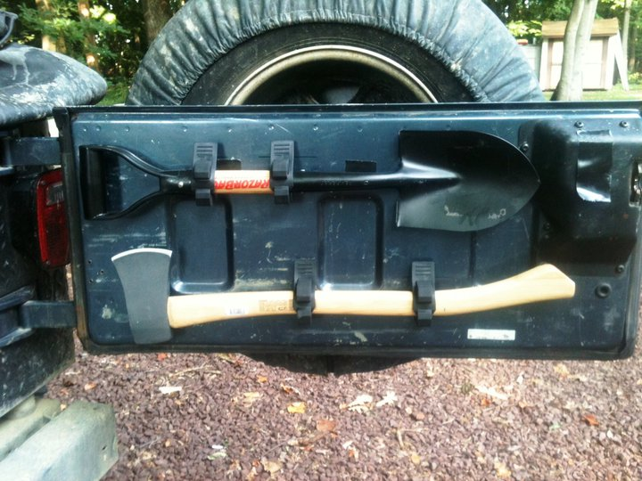 Click image for larger version  Name:shovel-axe.jpg Views:669 Size:99.8 KB ID:85383
