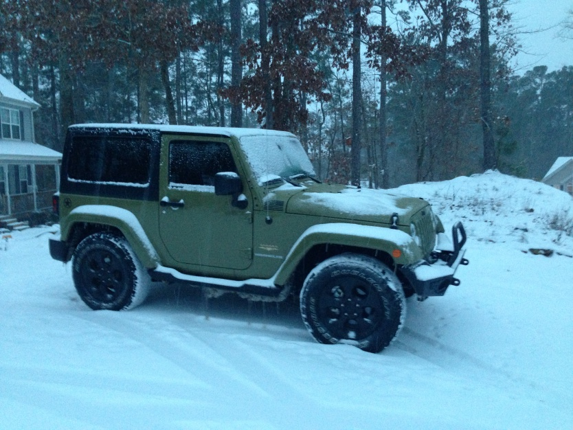 Click image for larger version  Name:snow covered JK.jpg Views:82 Size:227.3 KB ID:729865