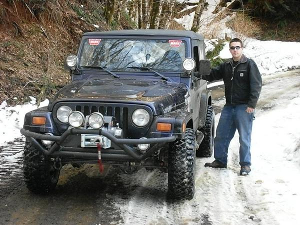 Click image for larger version  Name:snow wheelin.jpg Views:60 Size:68.1 KB ID:17970