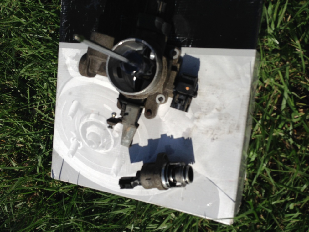 Click image for larger version  Name:throttle body.jpg Views:38 Size:222.5 KB ID:3416570