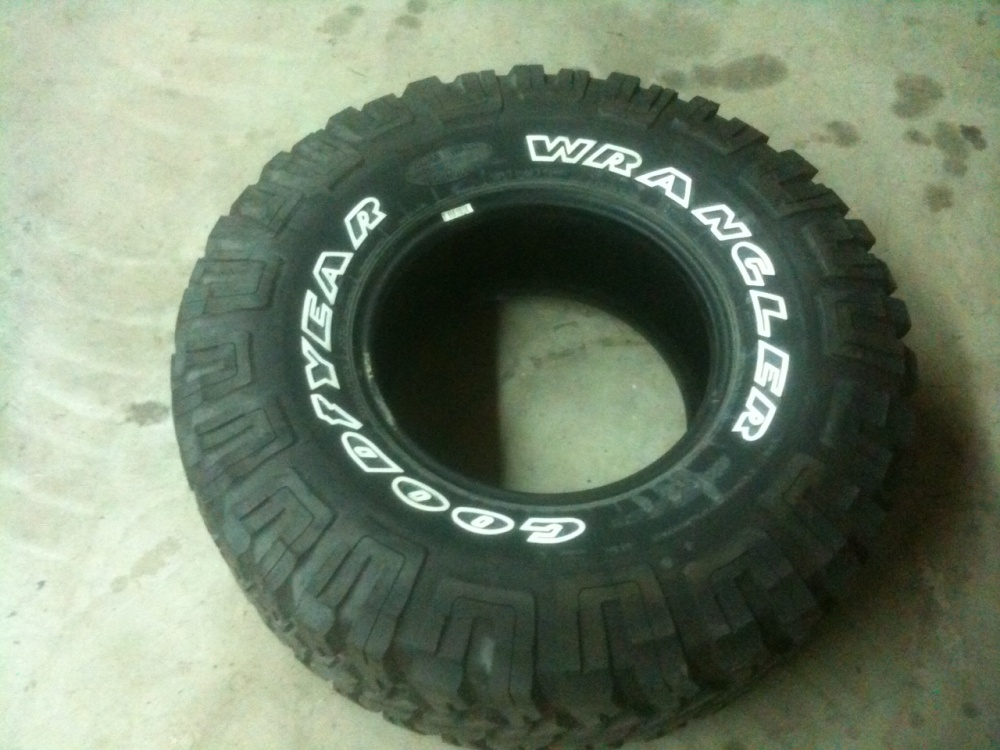 Click image for larger version  Name:Tire 1.jpg Views:75 Size:219.2 KB ID:141625