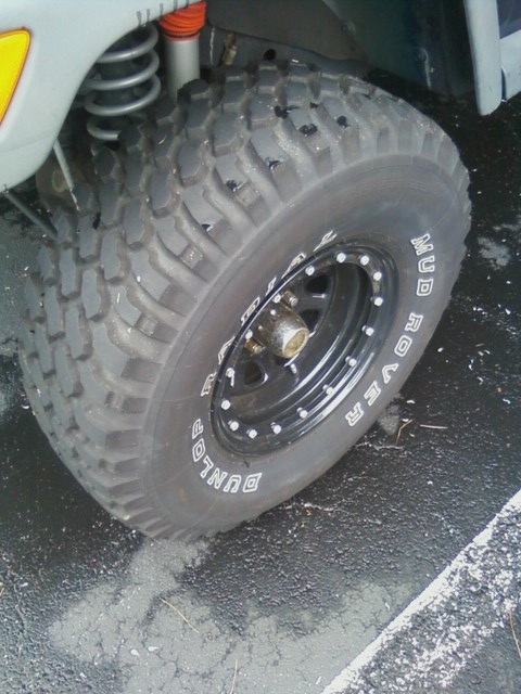 Click image for larger version  Name:Tire.jpg Views:169 Size:107.7 KB ID:51770
