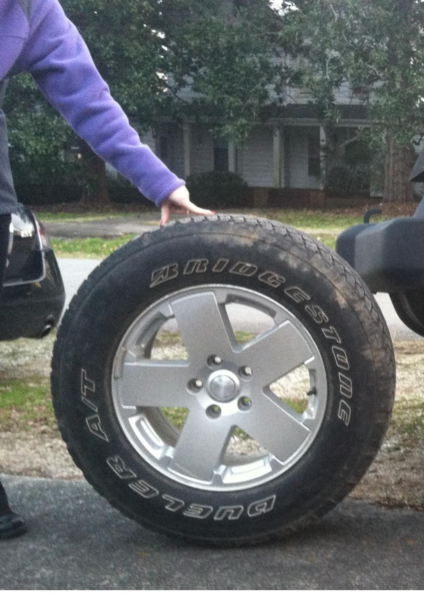 Click image for larger version  Name:tires 001.jpg Views:59 Size:224.8 KB ID:211274