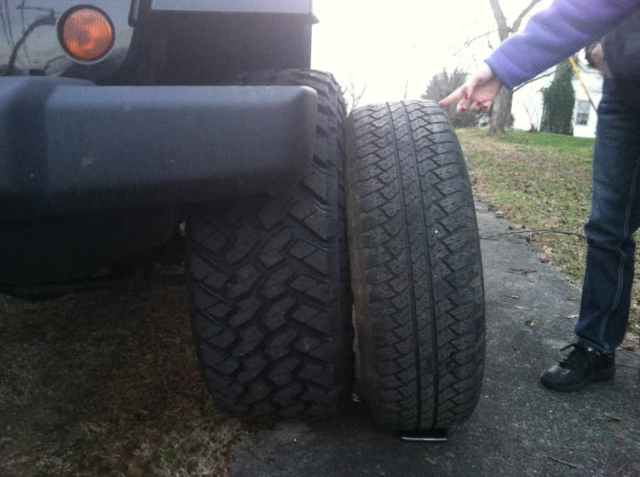Click image for larger version  Name:tires 002.jpg Views:69 Size:219.5 KB ID:211275