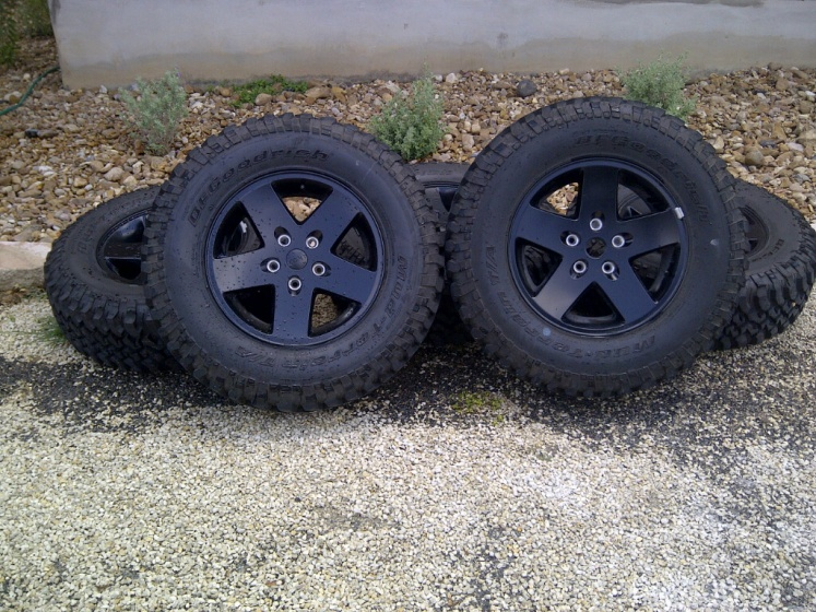 Click image for larger version  Name:Tires2.jpg Views:118 Size:236.5 KB ID:134358