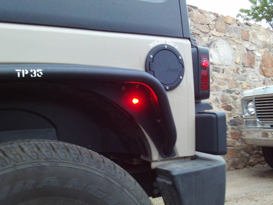 Click image for larger version  Name:Tube Flare Light Rear 2.jpg Views:77 Size:221.2 KB ID:4067017