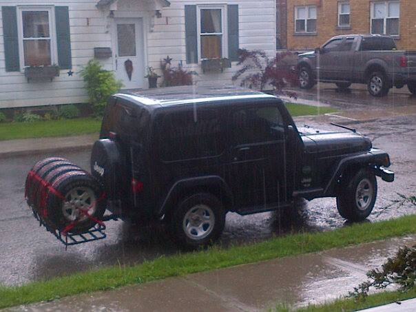 Click image for larger version  Name:wetjeep.jpg Views:36 Size:43.7 KB ID:258020