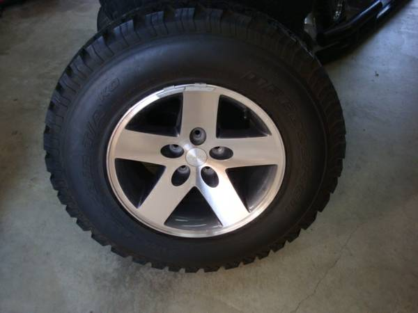 Click image for larger version  Name:wheel.jpg Views:182 Size:23.3 KB ID:250148