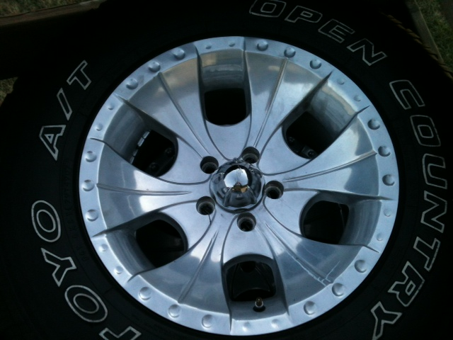 Click image for larger version  Name:wheel.jpg Views:76 Size:104.0 KB ID:87231