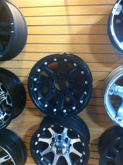 Click image for larger version  Name:wheels2.jpg Views:56 Size:98.9 KB ID:103758