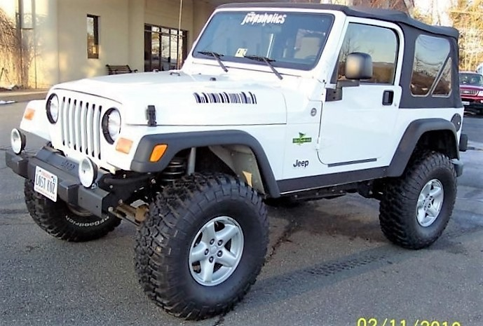 Click image for larger version  Name:white jeep (2) (2017_11_20 00_38_12 UTC).jpg Views:12 Size:124.8 KB ID:4192429