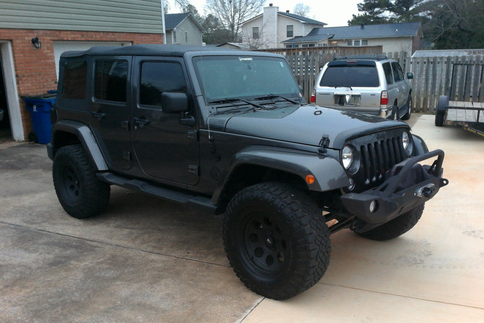 2 5 Inch Lift With 33 35 In Tires With Pics Please Jeep