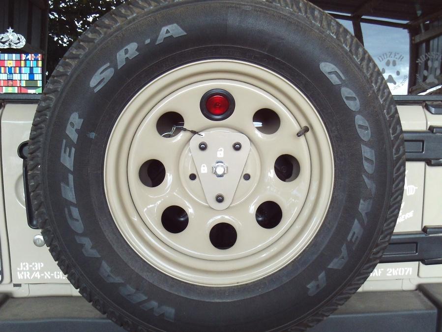 Click image for larger version  Name:Wrangler 3rd Brake Light.jpg Views:118 Size:226.3 KB ID:3809786